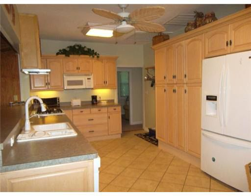 2901 State Road 590 Clearwater Fl 33759 Realtor Com 174