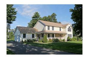 56 Evergreen Dr, East Longmeadow, MA 01028