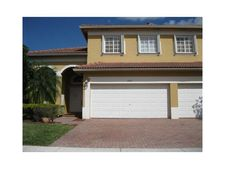 2003 Ne 38Th Rd, Homestead, FL 33033