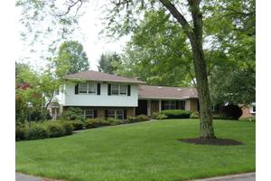 1520 Valley Rd, Lancaster, PA 17603