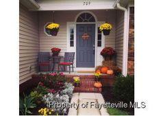 709 Valley Oak Dr, Bunnlevel, NC 28323