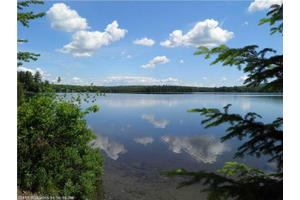 144 Sweets Pond Ln, Strong, ME 04983