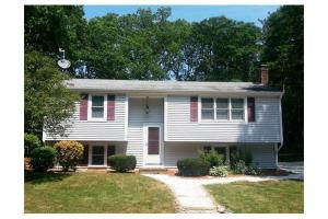 114 Old Great Neck Rd, Mashpee, MA 02649
