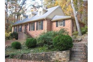 3251 Links Manor Dr, Salem, VA 24153