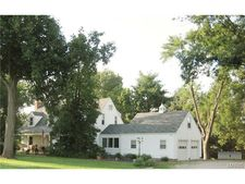 11913 Old Saint Charles Rd, Bridgeton, MO 63044