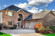 624 Countryside Dr, Wheaton, IL 60187