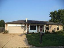 5854 Blackberry Dr, Imperial, MO 63052