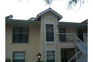321 Knottwood Ct, Sun City Center, FL 33573