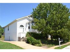 145 Glenbarr Ct, Valley Park, MO 63088