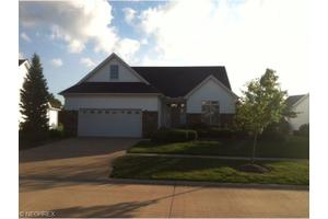 39283 Camelot Way, Avon, OH 44011