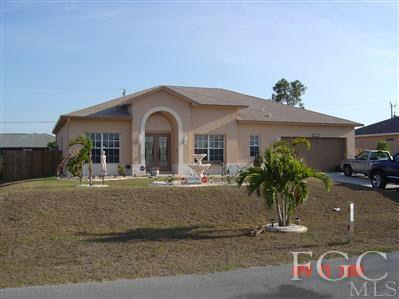 1832 Sw 40th St, Cape Coral, FL 33914