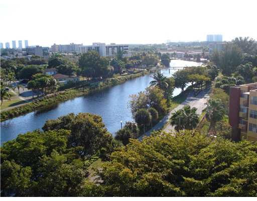 16850 S Glades Dr Apt 8 G North Miami Beach Fl 33162
