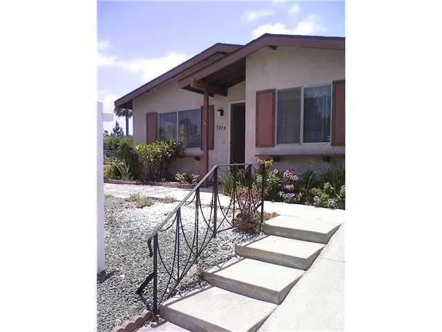 3299 Calle Osuna, Oceanside, CA 92056