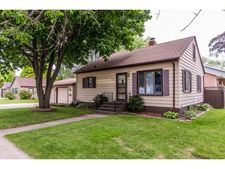 635 Hartung St, Green Bay, WI 54302