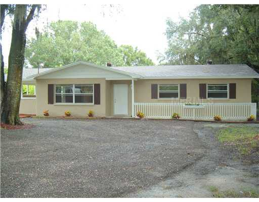4504 Old Mulberry Rd, Plant City, FL 33567