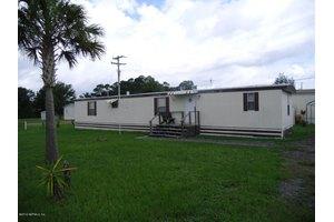 124 Florida Ln, Crescent City, FL 32112