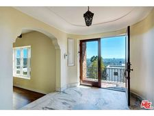 4817 Glencairn Rd, Los Angeles, CA 90027