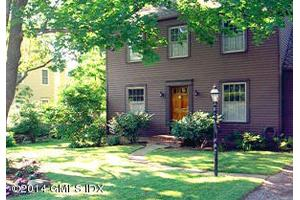 21 W End Ave, Old Greenwich, CT 06870