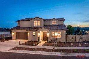 2036 Vista Oaks Way, Paso Robles, CA 93446