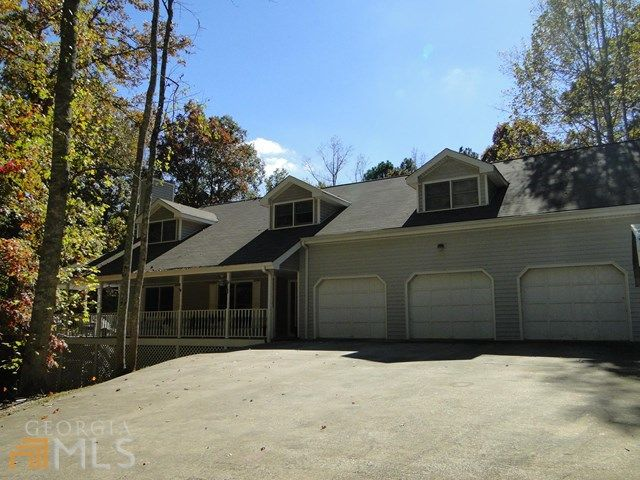 6010 Hickory Bend Dr, Douglasville, GA