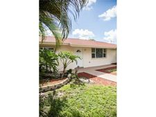 1551 Nw 77th Way, Pembroke Pines, FL 33024
