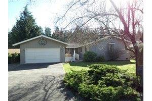 844 143rd St S, Tacoma, WA 98444