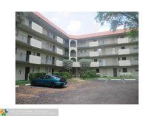 6361 N Falls Circle Dr Apt 102, Lauderhill, FL 33319