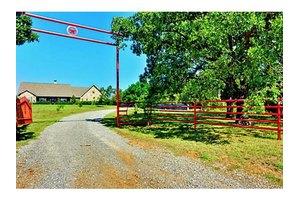 997 Cooks Corner Rd, Pottsboro, TX 75076