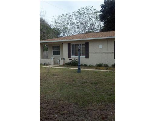 1683 Pine St, Largo, FL 33774