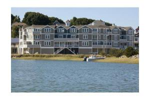7 Bay St Unit 6, Hull, MA 02045