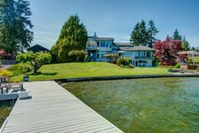 2409 Tacoma Point Dr E, Lake Tapps, WA 98391