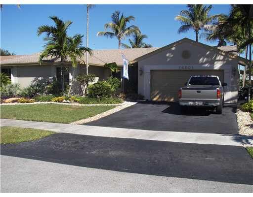 14501 Hampton Pl Davie, FL 33325