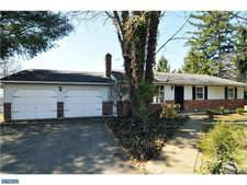 4974 Lanark Rd, Center Vally, PA 18034