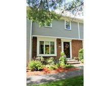 403 Foxwood Cir, Peabody, MA 01960