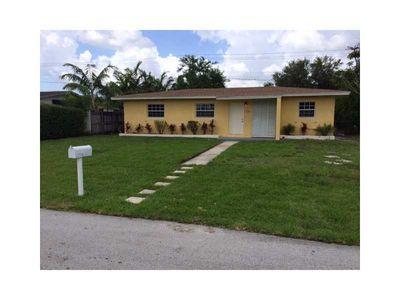 3750 Nw 176th St, Miami Gardens, FL