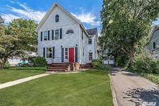 34 Fairview St, Huntington, NY 11743