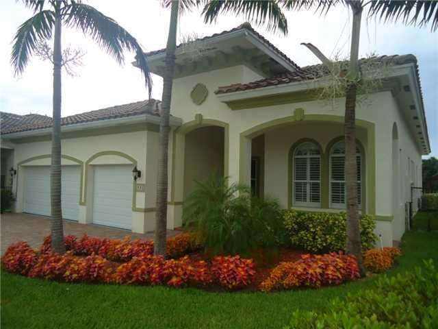 431 Cresta Cir West Palm Beach Fl 33413