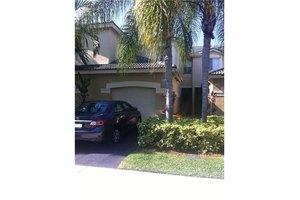 2118 Hacienda Ter, Weston, FL 33327