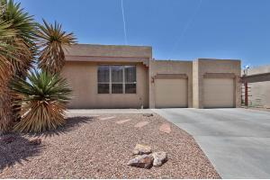 12601 Carmel Ct NE, Albuquerque, NM 87122
