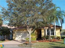 5135 Nw 121st Dr, Coral Springs, FL 33076