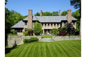 Photo of 88 Conyers Farm Drive,Greenwich, CT 06831