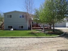 7 Stassinos Ranch Rd, Rock Springs, WY 82901