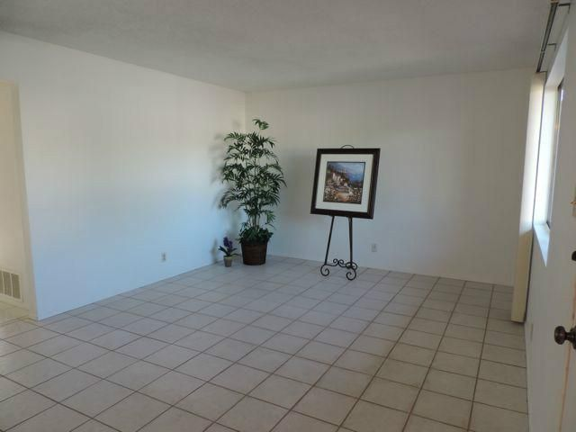 3261 Calle Osuna, Oceanside, CA 92056