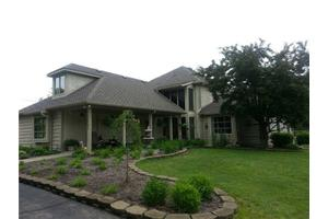 7701 Traders Cove Ln, Indianapolis, IN 46254