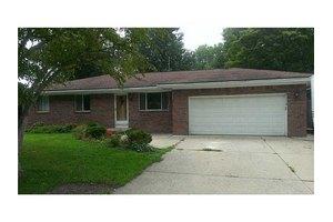 513 Mettabrook Dr, Swanton, OH 43558