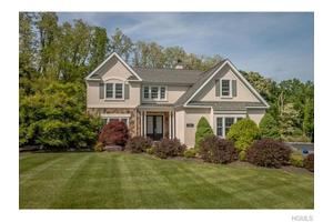 5 Coventry Ln, Mountainville, NY 12553