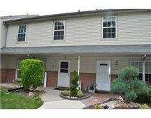 906 Thomas Ave, North Brunswick, NJ 08902