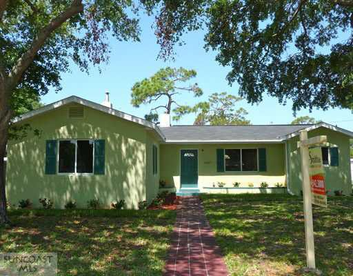 2307 Beach Blvd S, Gulfport, FL 33707