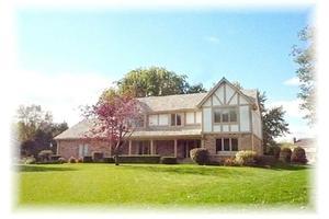 Photo of 8 Cedarwood Ct,Wind Point, WI 53402