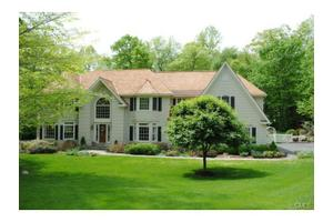 43 Tall Pines Dr, Weston, CT 06883